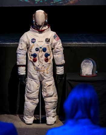 Dallas Campbell Presents the Apollo Spacesuit - 1 (thumbnail)