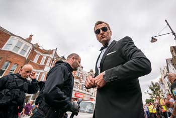 Bond Stunt Action in Bexhill Town Centre - 2 (thumbnail)