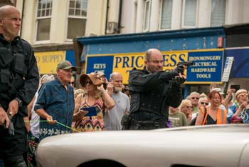 Bond Stunt Action in Bexhill Town Centre - 5 (thumbnail)